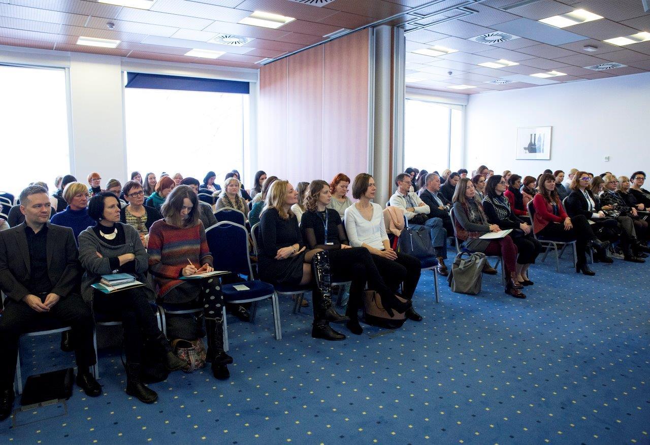 Seminarja se je udeležilo 87 učiteljev iz 42 šol.
