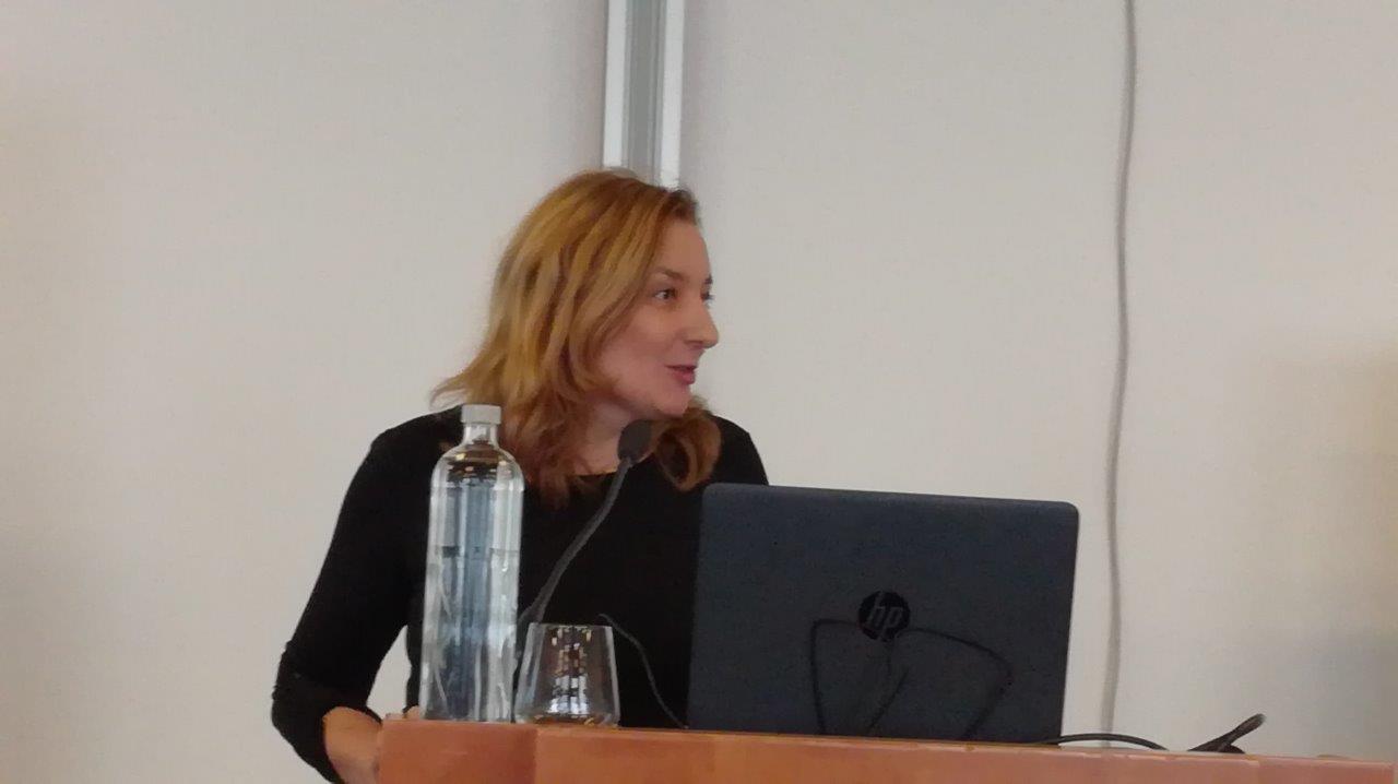 Plenarni del je povezovala vodja uredništva učbenikov mag. Alenka Kepic Mohar.
